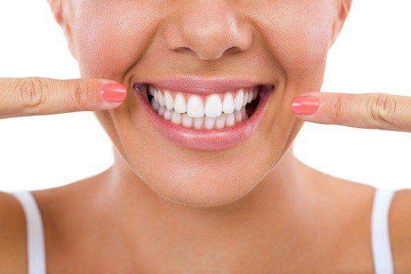 Правила ухода за зубами из металлокерамики