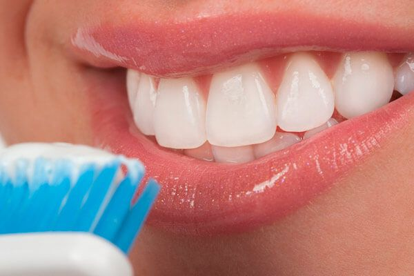 Основные причины возникновения зубного камня