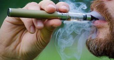 Электронные сигареты: вредны ли они для полости рта